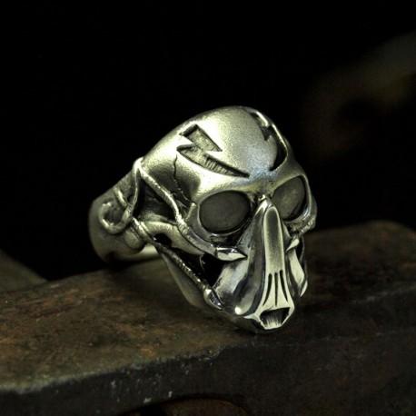Blitzkrieger - Ausgefallener Totenkopfring mit Maske Atemmaske - Biker Ring Bikerschmuck Rocker Schmuck