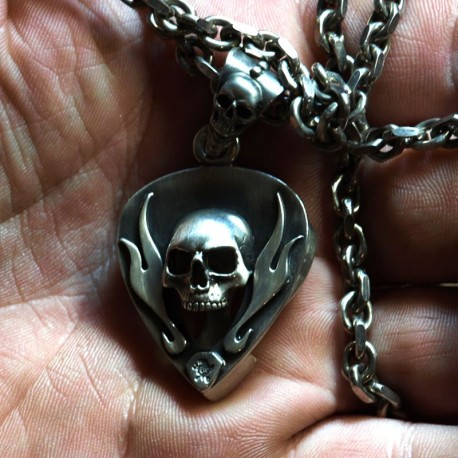 Pick - jewelry for guitarists - skull pendant as plectrum holder for up to 2 picks. Solid, handmade 935 silver