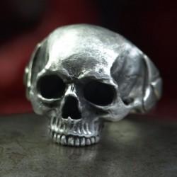 Ace of Spades Ring - Totenkopf Ring ohne Unterkiefer mit Pik-Ass. Detailliert, massiv, Silber. Biker Ring, Bikerschmuck, Rocker