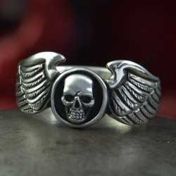 Wingman - Skull Ring with small skull. Decently striking. Silver Biker Ring as Biker Jewelry and Rocker Jewelry