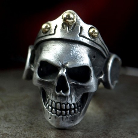 Princess - Small skull ring with crown. Anatomically correct. Silver Biker Ring as Biker Jewelry and Rocker Jewelery