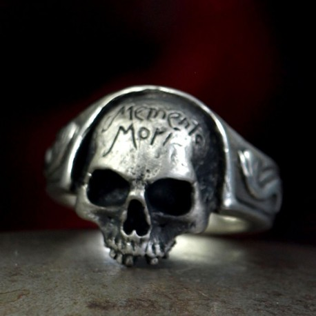 Memento Mori Ring - Small skull ring without lower jaw with lettering.  Silver Ring, Biker Rings, Biker Jewelry, Skull
