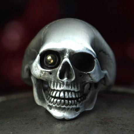 Klassischer Silber Totenkopf Ring, anatomisch korrekt, mit Goldkugel im Auge! Biker Ring, Bikerschmuck, Rocker Schmuck
