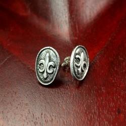 Handmade Stud Earring with Fleurs-de-Lys symbol